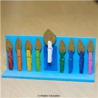 Clip & Light Play Menorah